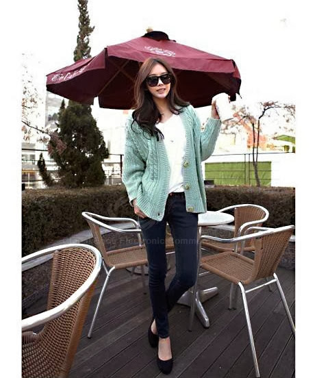 Gorgeous V-Neck Long Sleeves Cable Knit Special Cut Solid Color Acrylic Fibers Cardigan For Women