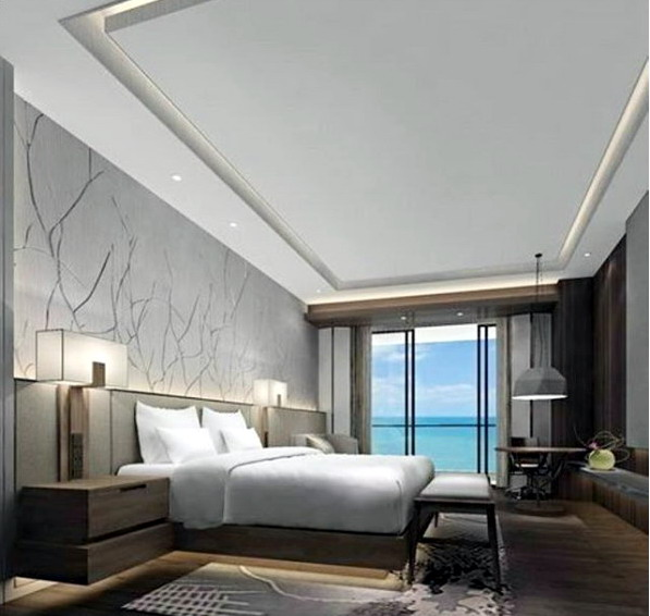 interior kamar tidur minimalis jendela besar dan lampu