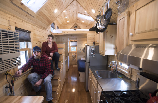 Tiny House Town A Tiny House In Maine 220 Sq Ft