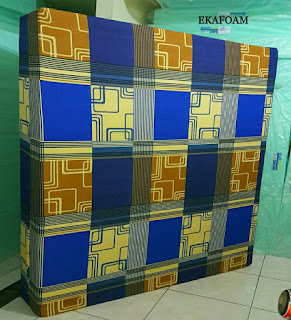 Kasur inoac motif sirkuit biru