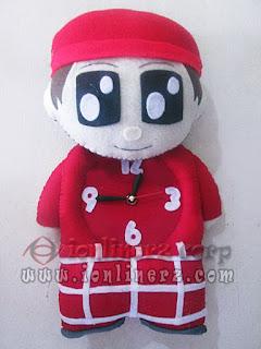 Jam Dinding Flanel Karakter Kartun Boneka Muslim Cewek / Cowok