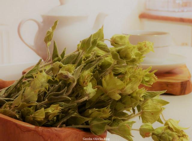grecki susz, herbata tuvunu, gojnik, filiżanka, czajniczek