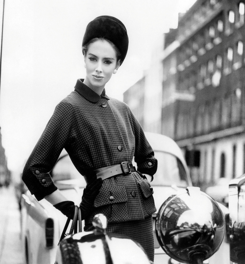 Stunning black and white fashion photography by eugene vernier from between the 1950s and 1960s