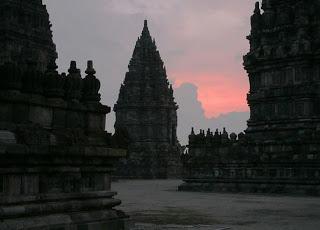 Visitindonesia; Prambanan Temple, The Exotic Temple Alongside Beautiful Relics In Addition To History Inwards Yogyakarta