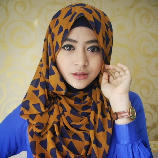 Tutorial Hijab Pashmina Kuliah Ala Natasha Farani 2017   JALLOSI