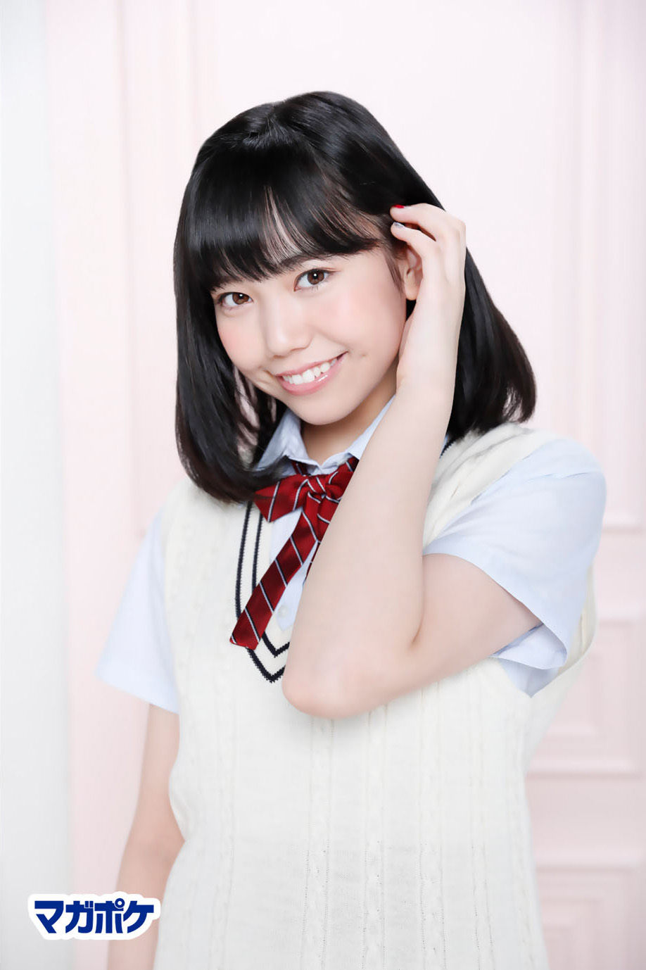 Chou Kurena 長久玲奈, AKB48 Team8 x Weekly Maga Cover Competition