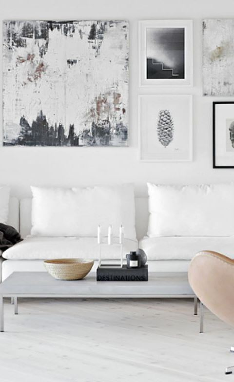 white living room decoration