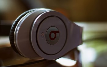Wallpaper: Beats Headphones