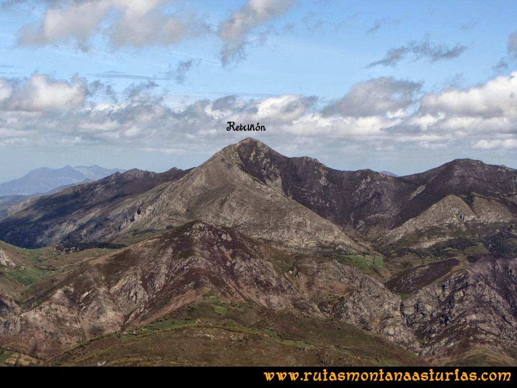 Ruta Peña Redonda: Vista del Retriñón