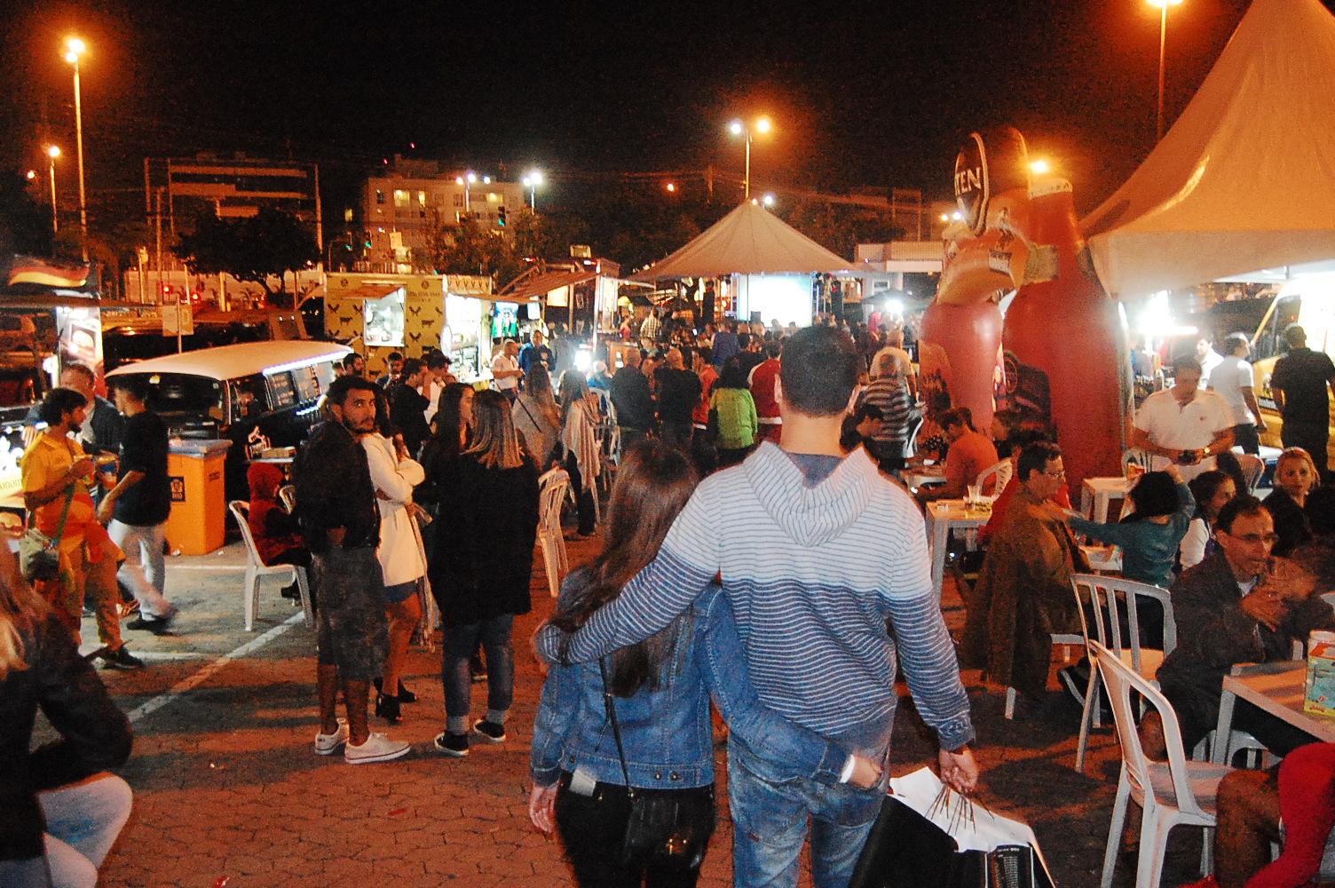 2ª edição do Beer Truck Festival chega ao Recreio Shopping para o público se divertir ao lado do paizão