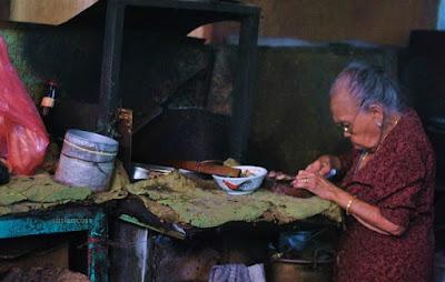 warung makan didatangi pak bondan yogya