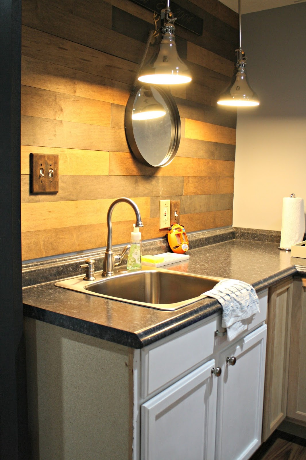 Basement Sinks : basement sink in kitchenette
