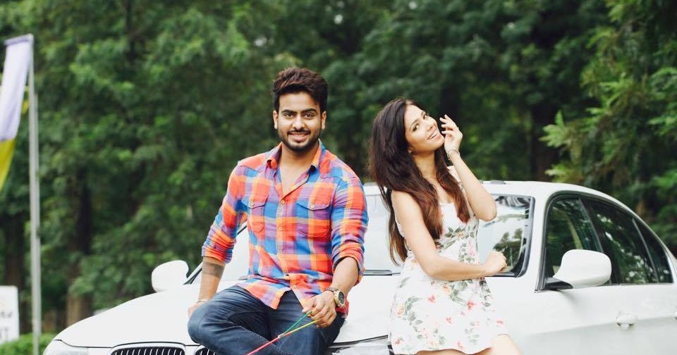 Happy Raikoti : Singer Mankirt Aulakh Pictures And Images