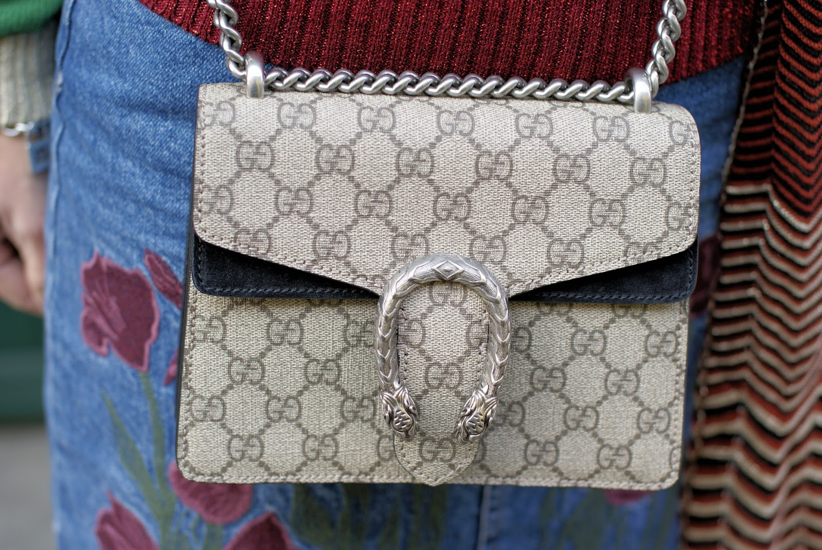 Gucci Dionysus bag on Fashion and Cookies fashion blog, fashion blogger style