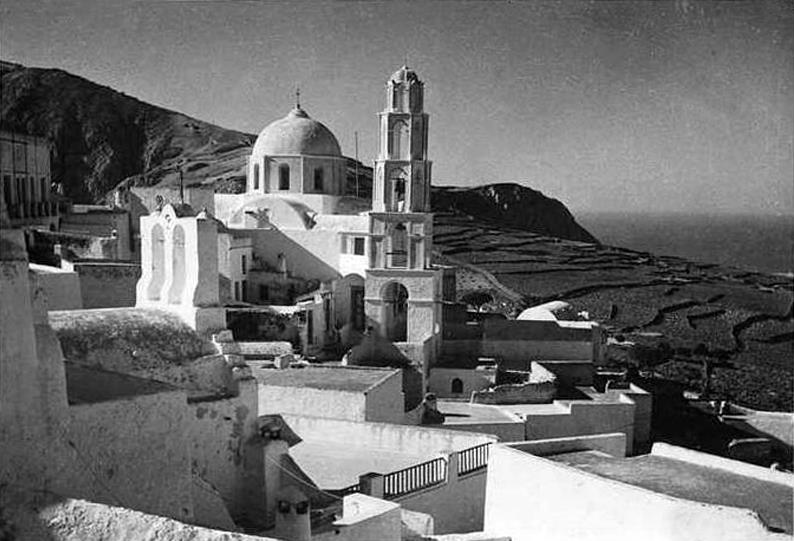 Old photos of Santorini (Path 1)   319804 476307205719943 1550123053 n