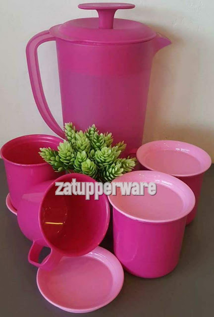 Tupperware  Blossom Pitcher (1) 2.1L