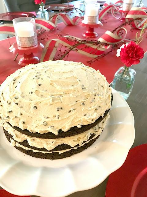 Love party cake @michellepaigeblogs.com