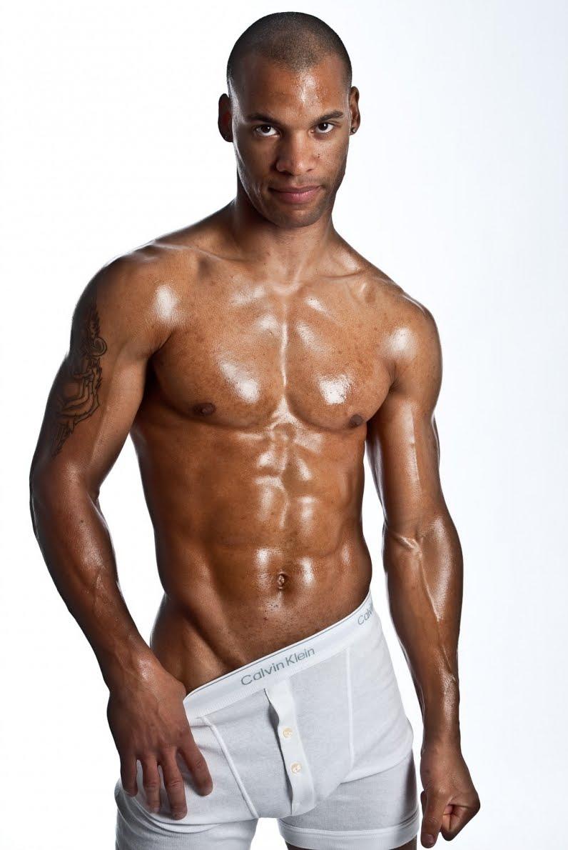 sexy black muscle men