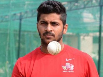 Shardul Thakur ( Cricketer ) - Sono bio .