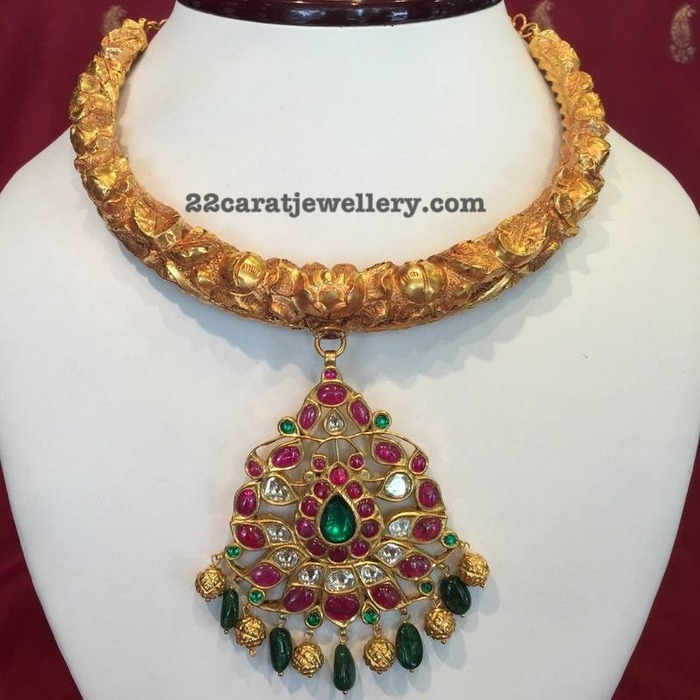 Antique Kante with Ruby Pendant
