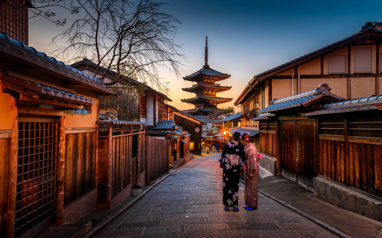 kyoto japan old city at yasaka pagoda hd wallpapers 4k