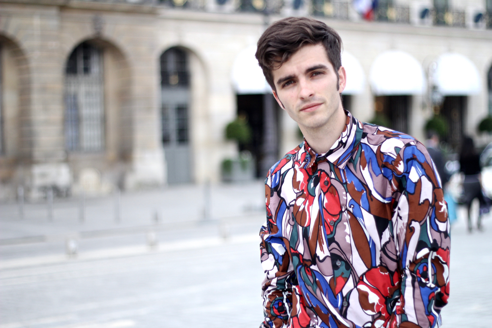 BLOG-MODE-HOMME-VOYAGE-STYLE_chemise-marni-popart-williamL1985-churchs-mocassins-cuir-vert-grainé-multicolore-preppy-vendôme-paris-luxe - 7