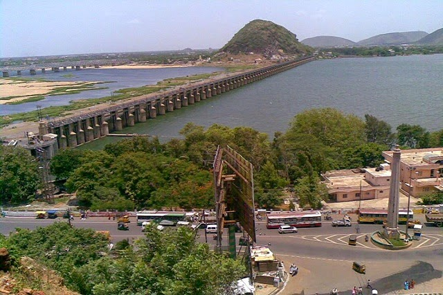 Prakasam Barrage on the River Krishna at Vijayawada