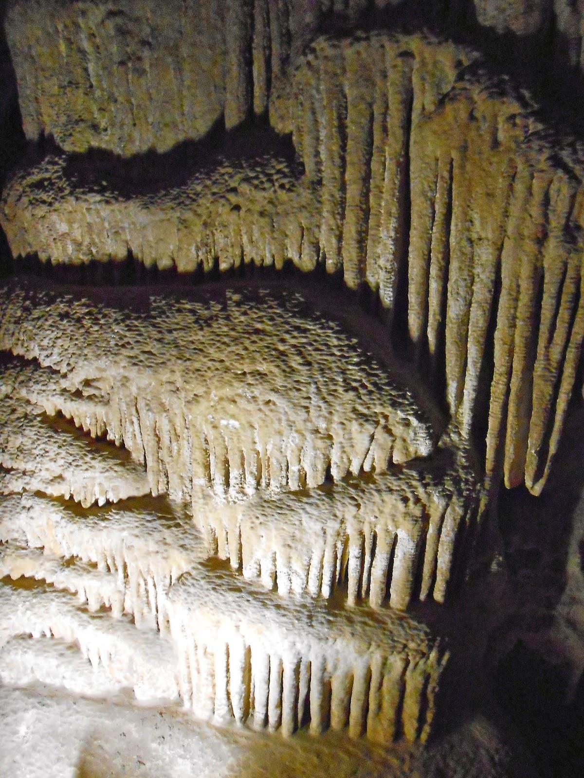 colossal cave rocks tucson arizona