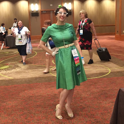 Gail Carriegr Wears a 1950s Kelly Green Day Dress with Silly Octopus Hat for RWA Nationals 2018 in Denver