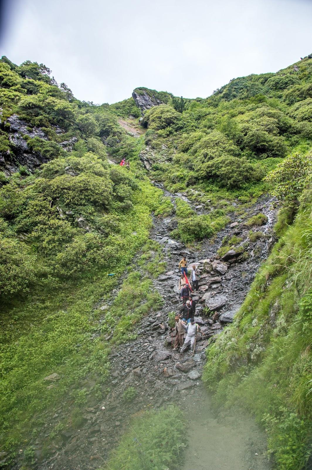 Treacherous path in Srikhand Mahadev Yatra