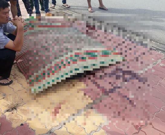 Nữ chủ quán cà phê bị cắt cổ, cướp tài sản giữa ban ngày