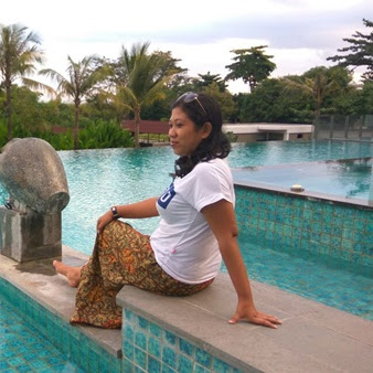Fall in Love with Pool in Hotel Lombok Astoria