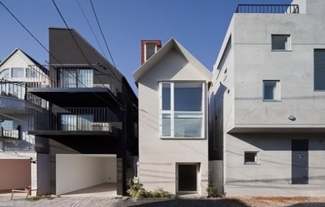 Rumah Sempit Bergaya Jepang