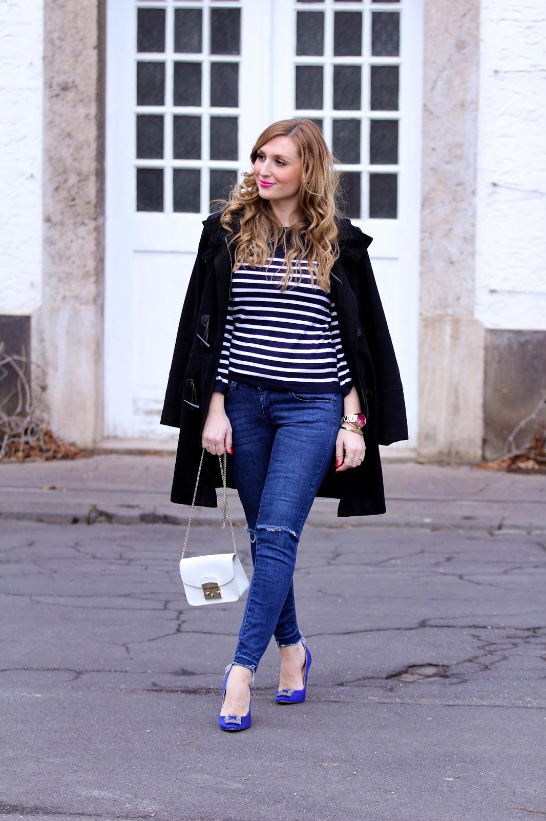 Fashionstylebyjohanna-Marine-Look-Marine-Pullover-Streifenpulli-Weiße-Furla-Tasche-Blogger-aus Deutschland-Jessica-Buurman-Schuhe