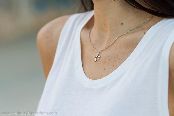 Colgante estrella silueta cadena fina plata