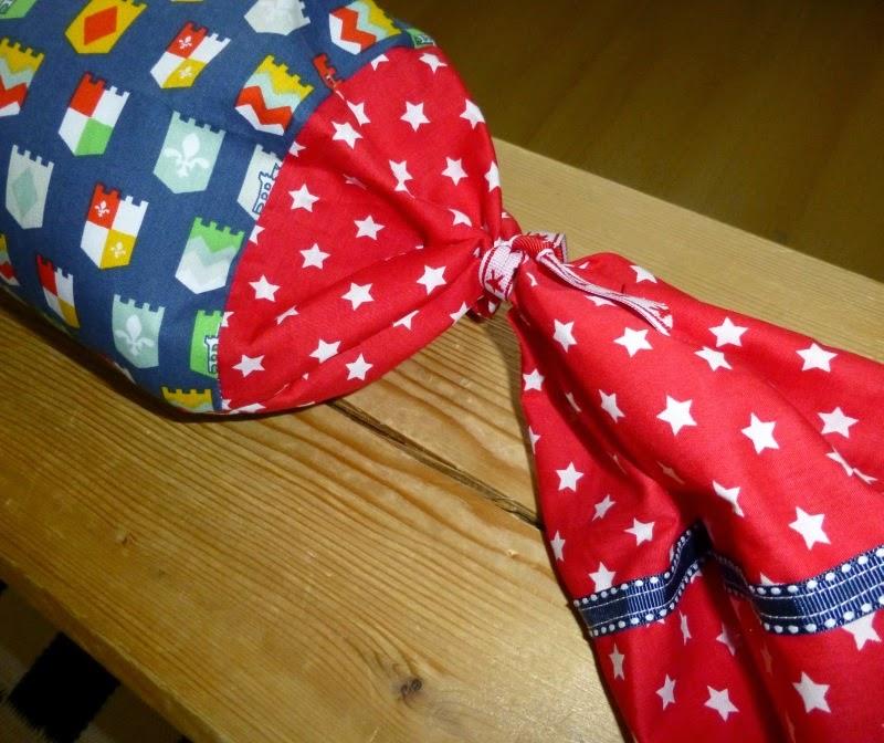 coniglia bloggt weihnachtsgeschenke selbst gemacht nackenkissen. Black Bedroom Furniture Sets. Home Design Ideas