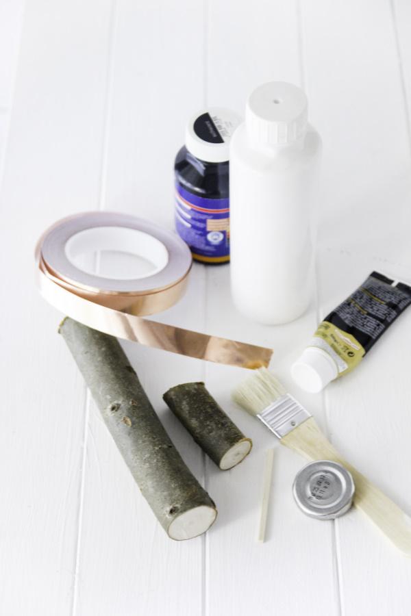 Ein DIY zur Kieler Woche: DIY Leuchtürme als maritime Deko. Ahoi von titatoni.de!
