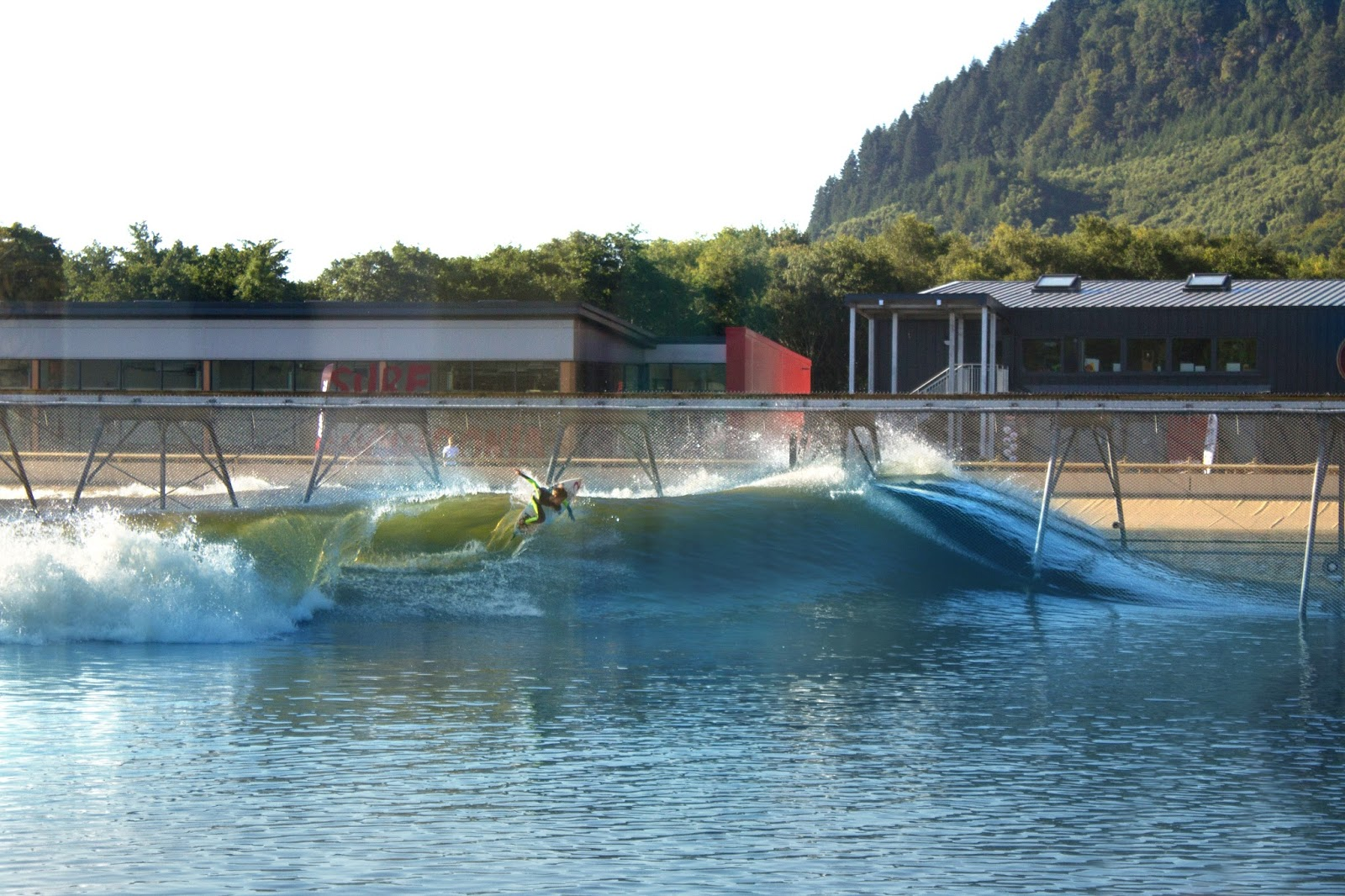 Wavegarden Surf Snowdonia