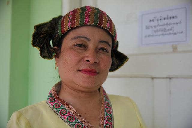 သင္းလဲ့၀င္း (Myanmar Now) – အမ်ဳိးသမီးလႊတ္ေတာ္ကုိယ္စားလွယ္တို႔၏အသံ