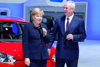 Angela Merkel Ο, πρώην πλέον, CEO της Volskwagen, οι σχέσεις με τη Μέρκελ και η παραίτηση Martin Winterkorn, Merkel, VW, vw σκάνδαλο