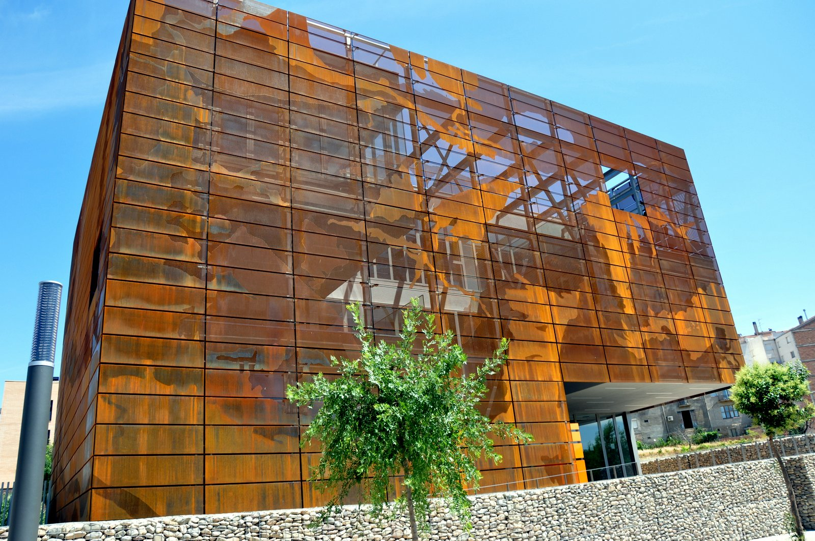 Acier Corten Perforé Imar Arquitectura And Metal Architecture And Metal