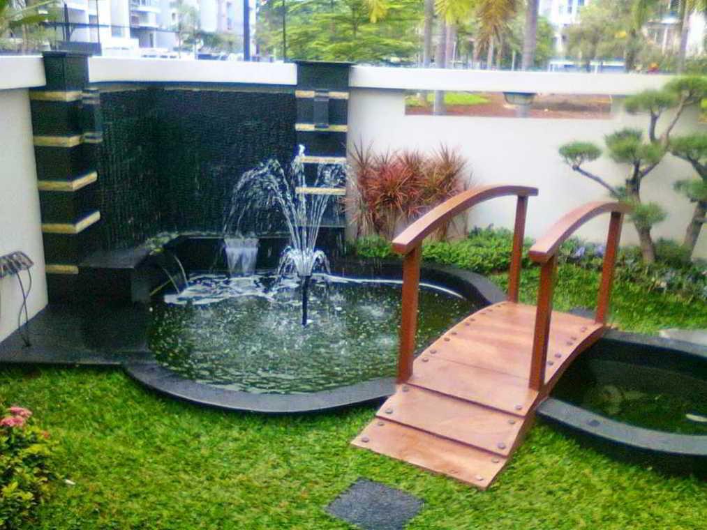 Desain Taman Minimalis Depan Rumah Type 36 Sederhana dengan Air Mancur