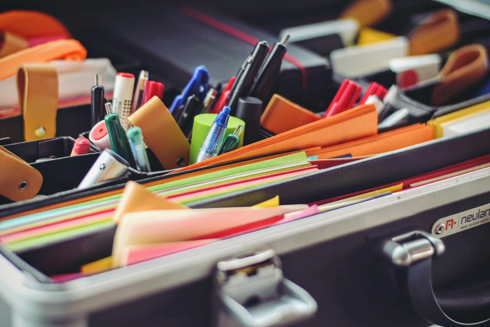 Veja o que você não deve deixar de ter no seu home office para ser uma empreendedora de sucesso, dicas simples e práticas que garantem um excelente resultado. Saiba mais agora!