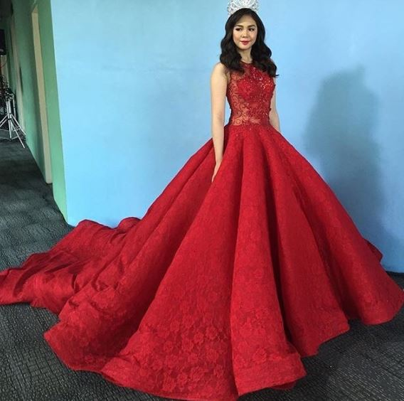 Top 12 Celebrities Who Nailed Their Blood Red Gowns! Who Wore It Best? BE THE JUDGE!
