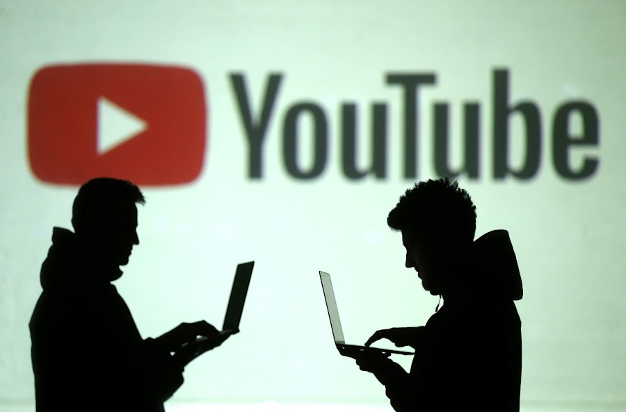 YouTube's Recent Christmas Video Tweet Was Uncredited, Social Network Posted Apology After Creator Shares Frustration