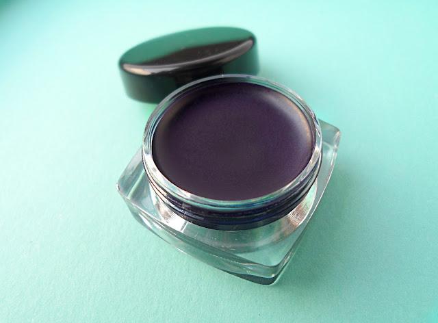dark vampire gothic halloween lips review pictures tutorial purple violet lip paint
