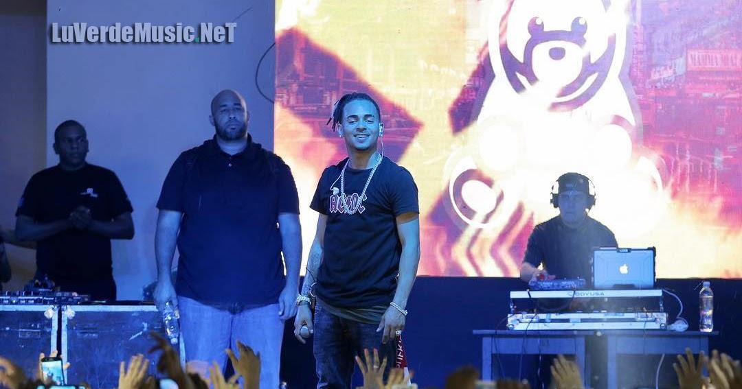 Amor y solidaridad, ejes del concierto del reggaetonero Ozuna en Ecuador