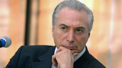 Mundurnya Tiga Menteri Brazil