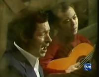 """SANTIGO DONDAY Y LUIS HABICHUELA EN EUNA ESCENA DE """"FLAMENCO (AYER Y HOY) TVE 1981"""