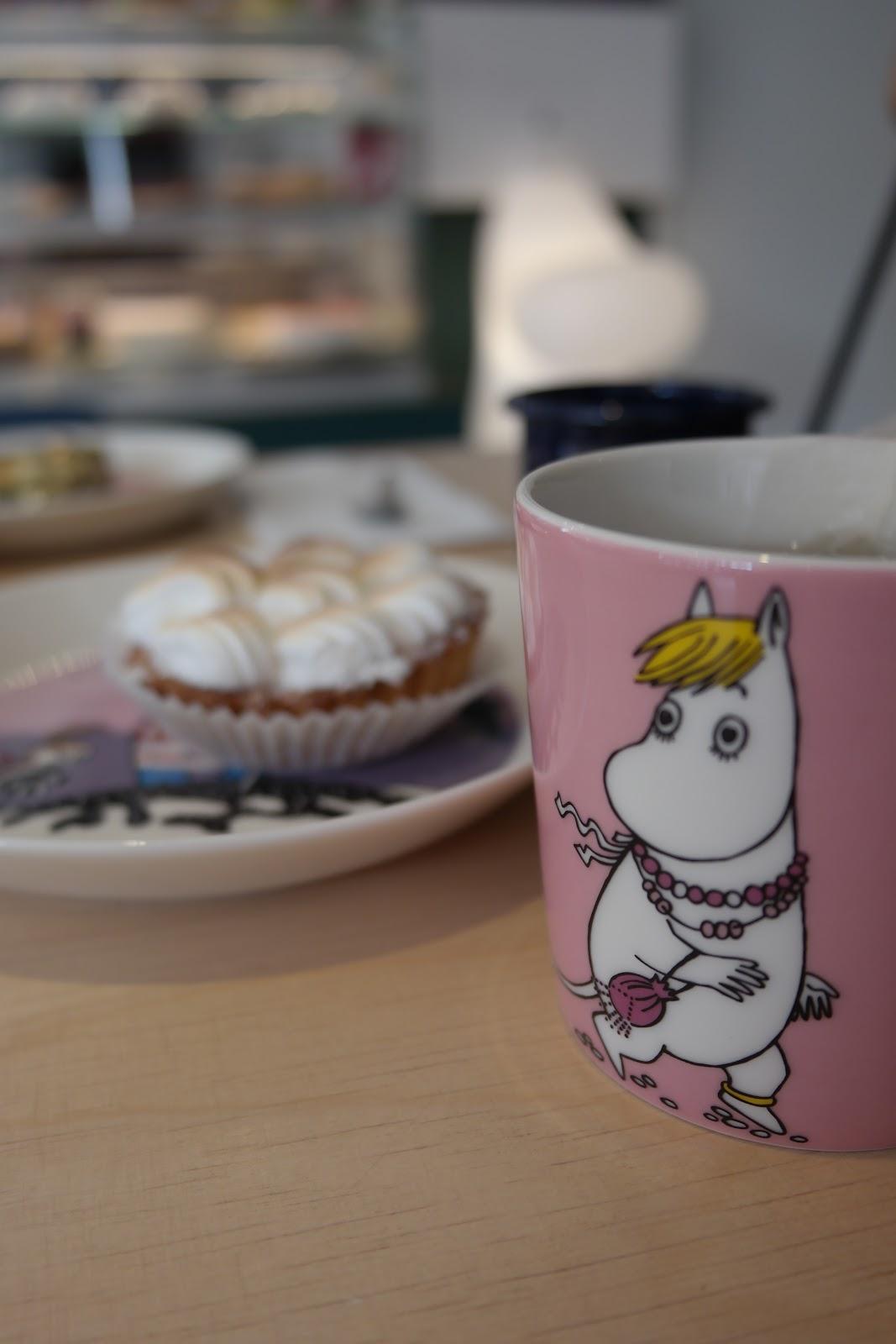 Viihtyisä lapsiystävällinen kahvila Helsingissä - Mumin Kaffe